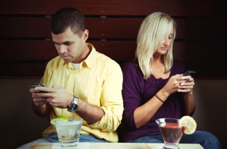 Online dating texting
